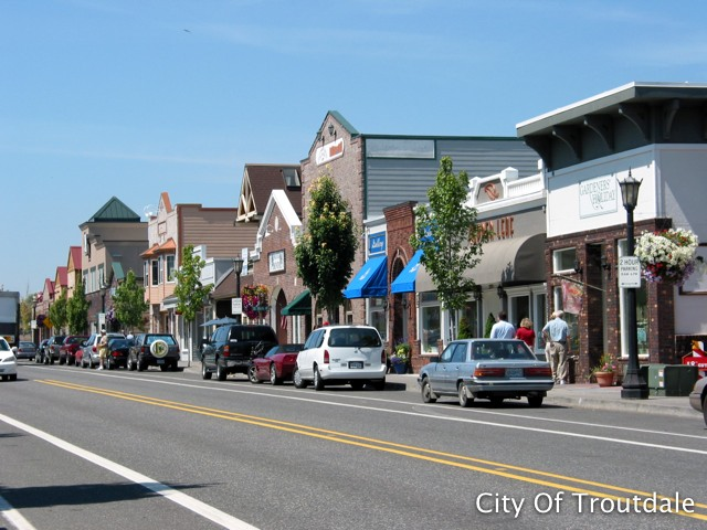 Downtown shops (photo credit: City of Troutdale).