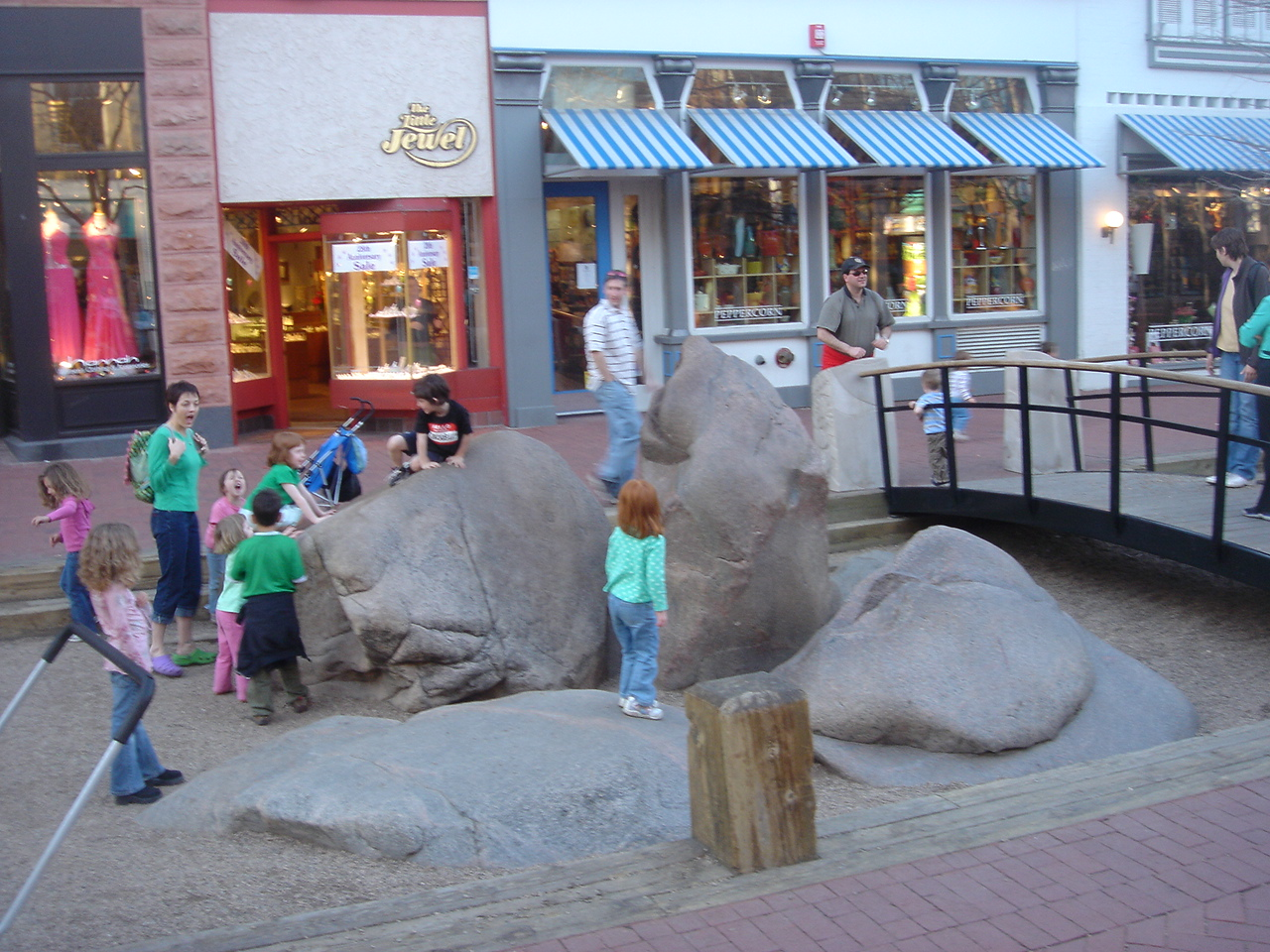 Boulders (photo source:MIG, Inc.)